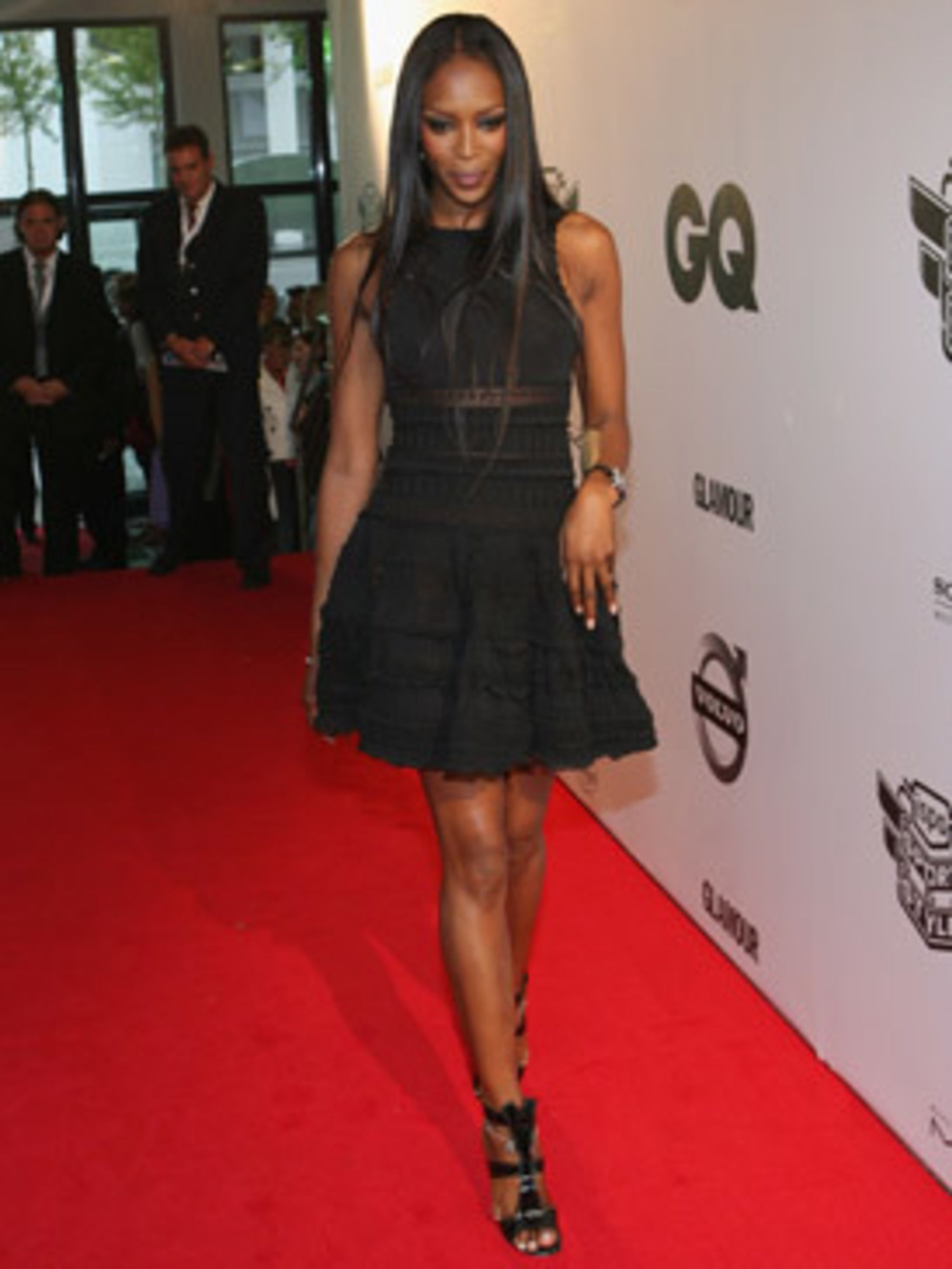 <p>Naomi in her favourite (and one of ours too) Alaia sandals</p>