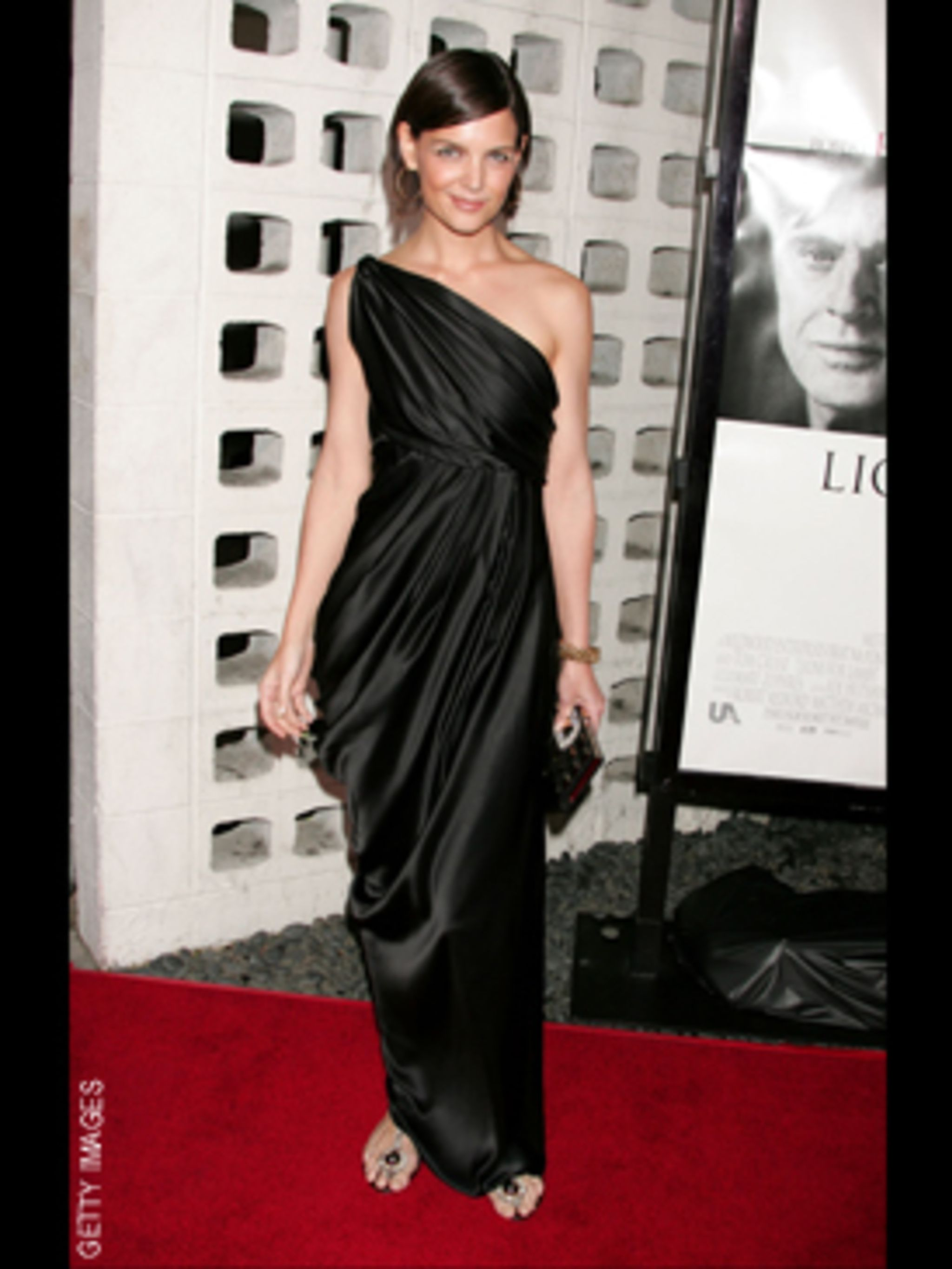 <p>Katie looks like a grecian goddess in this one shoulder dress</p>