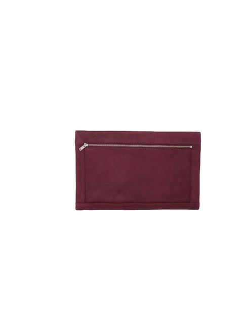 "<p>No-one does minimalism quite like Cos, and this season they're accessories are more desirable than ever before... <a href=""http://www.cosstores.com/Store/Women/Accessories/Folded_edge_clutch/7433-5915128.1"">Cos</a> burgundy leather clutch £55  </p>"