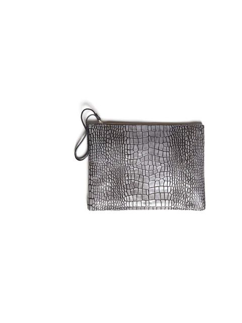 "<p>This textured leather clutch is perfect for after work drinks - and small enough for Art Intern Eilidh Williamson to slip inside her work bag during the day!</p><p><a href=""http://www.uterque.com/webapp/wcs/stores/servlet/ProductView?storeId=74009656&a"
