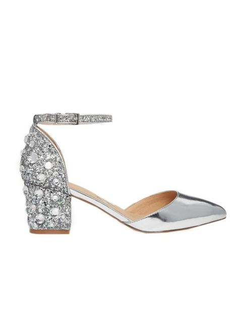 "<p>Silver shoes are our go-to for, well, everything.</p>  <p><a href=""http://www.asos.com/ASOS/ASOS-SHOOTING-STAR-Heels/Prod/pgeproduct.aspx?iid=4693855&cid=6992&sh=0&pge=0&pgesize=36&sort=-1&clr=Silver&totalstyles=566&grid"