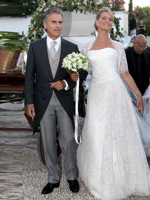 <p>Miss Tatiana Blatnik wore an Angel Sanchez designed dress for her wedding to Greek prince, Prince Nikolaos.</p>