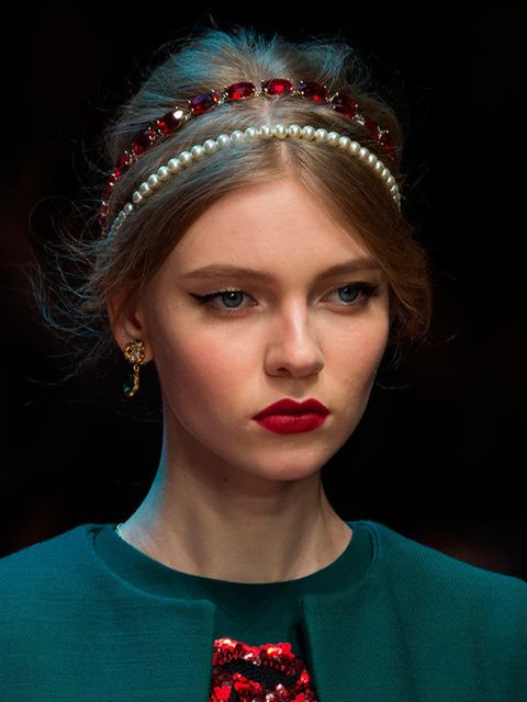 "<p><a href=""http://www.elleuk.com/catwalk/dolce-gabbana/autumn-winter-2015""><strong>Dolce &amp; Gabbana</strong></a></p>  <p>The look: Glam mama</p>  <p>Hair stylist: <a href=""http://www.elleuk.com/beauty/the-beauty-experts-you-need-to-know-charlotte-tilb"