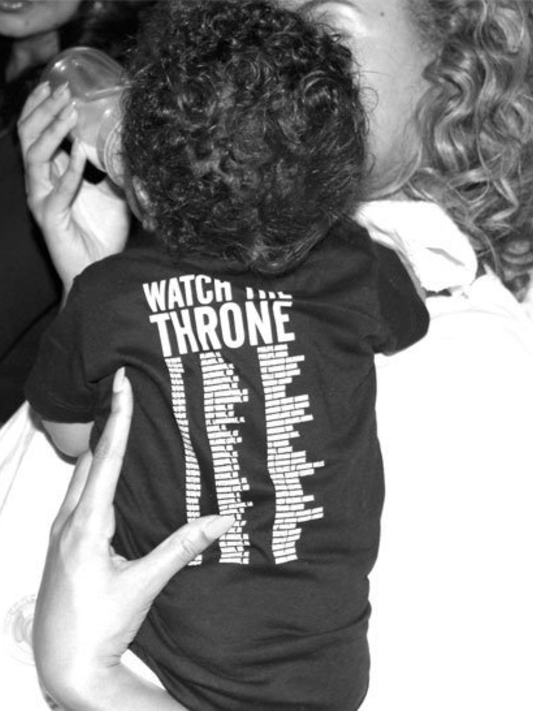 <p>Beyonce feeding Blue Ivy</p>