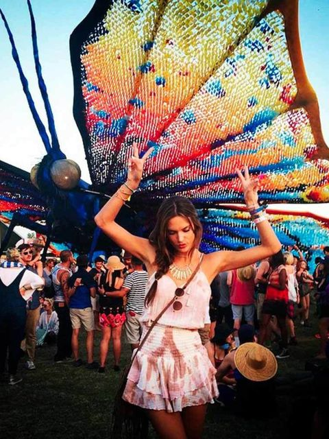 Alessandra Ambrosio (@alessandraambrosio)   'A butterfly on my shoulder #Coachella #foreveronvacation'