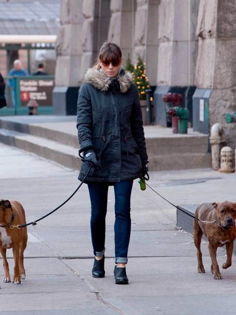 <p>Jessica Biel wearing her favourite AllSaints 'Crimean' boots whilst walking her dogs in New York, December 2012.</p>