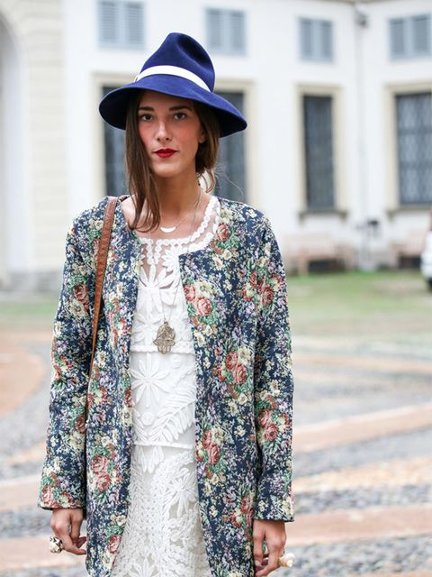Martina wears Molly dress, vintage hat, jacket from her boutique Noftalinam.