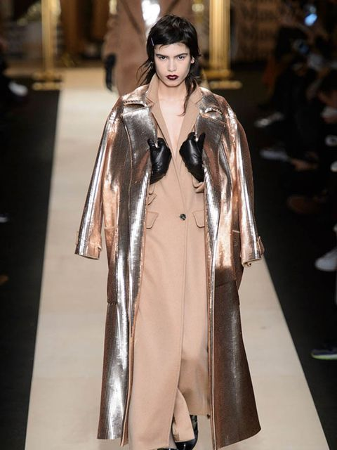 max-mara-autumn-winter-2016-imaxtree-1