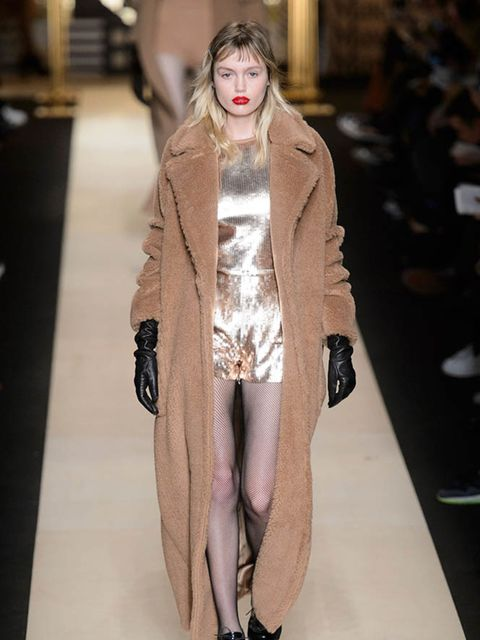 max-mara-autumn-winter-2016-imaxtree-2