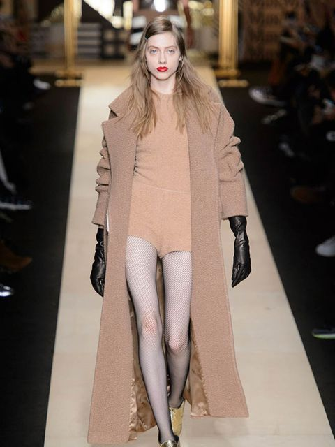 max-mara-autumn-winter-2016-imaxtree-3