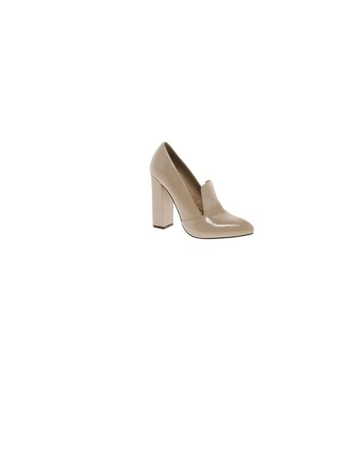 "<p><a href=""http://www.riverisland.com/women/shoes--boots/brogues--loafers/Light-pink-block-heel-pointed-loafers-638197"">River Island</a> pointed loafers, £50 </p>"