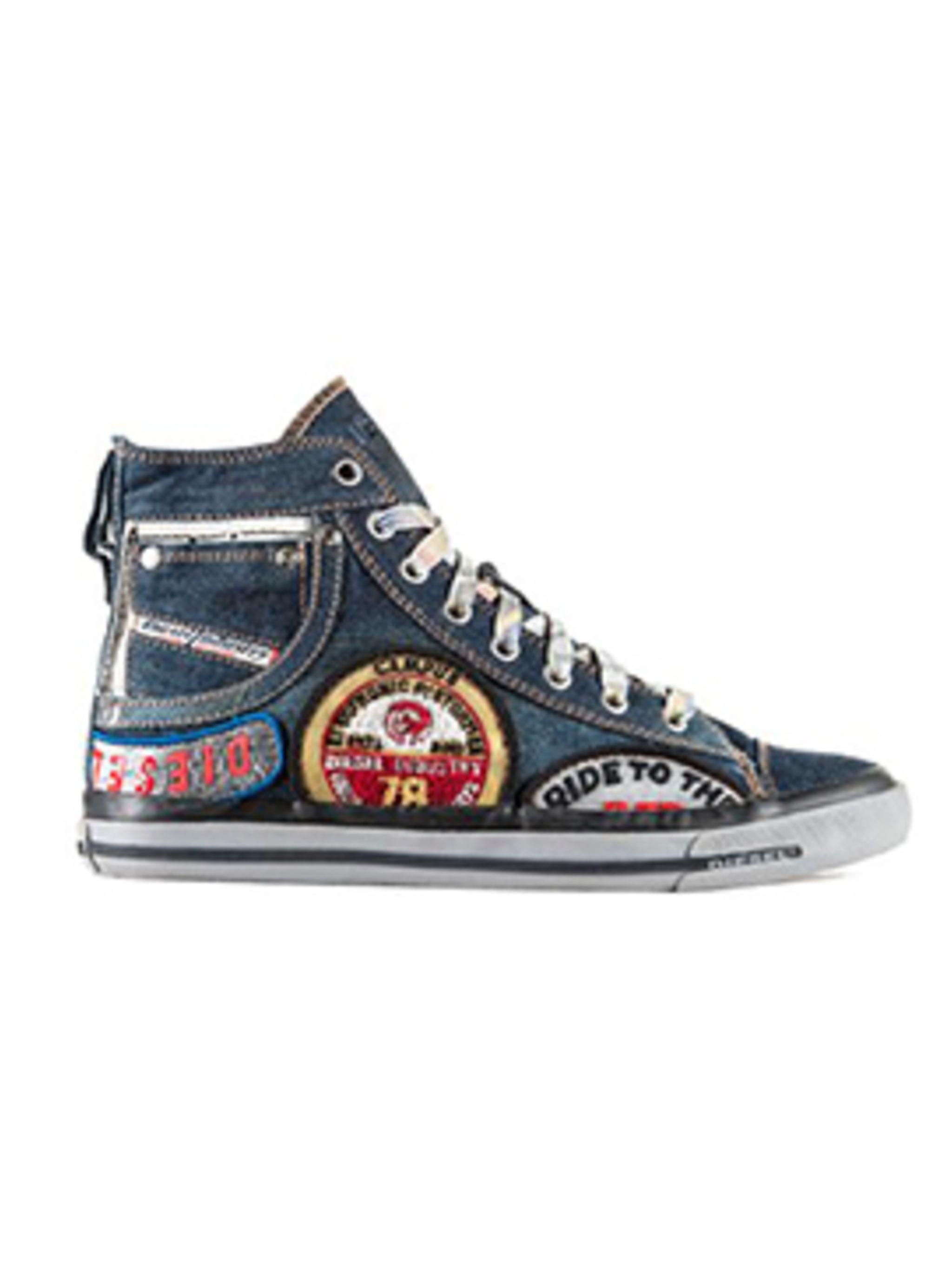 <p>#DieselTribute collection trainer</p>
