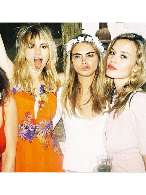 <p>#regram @sukiwaterhouse @georgiamayjagger best weekend ever ?</p>