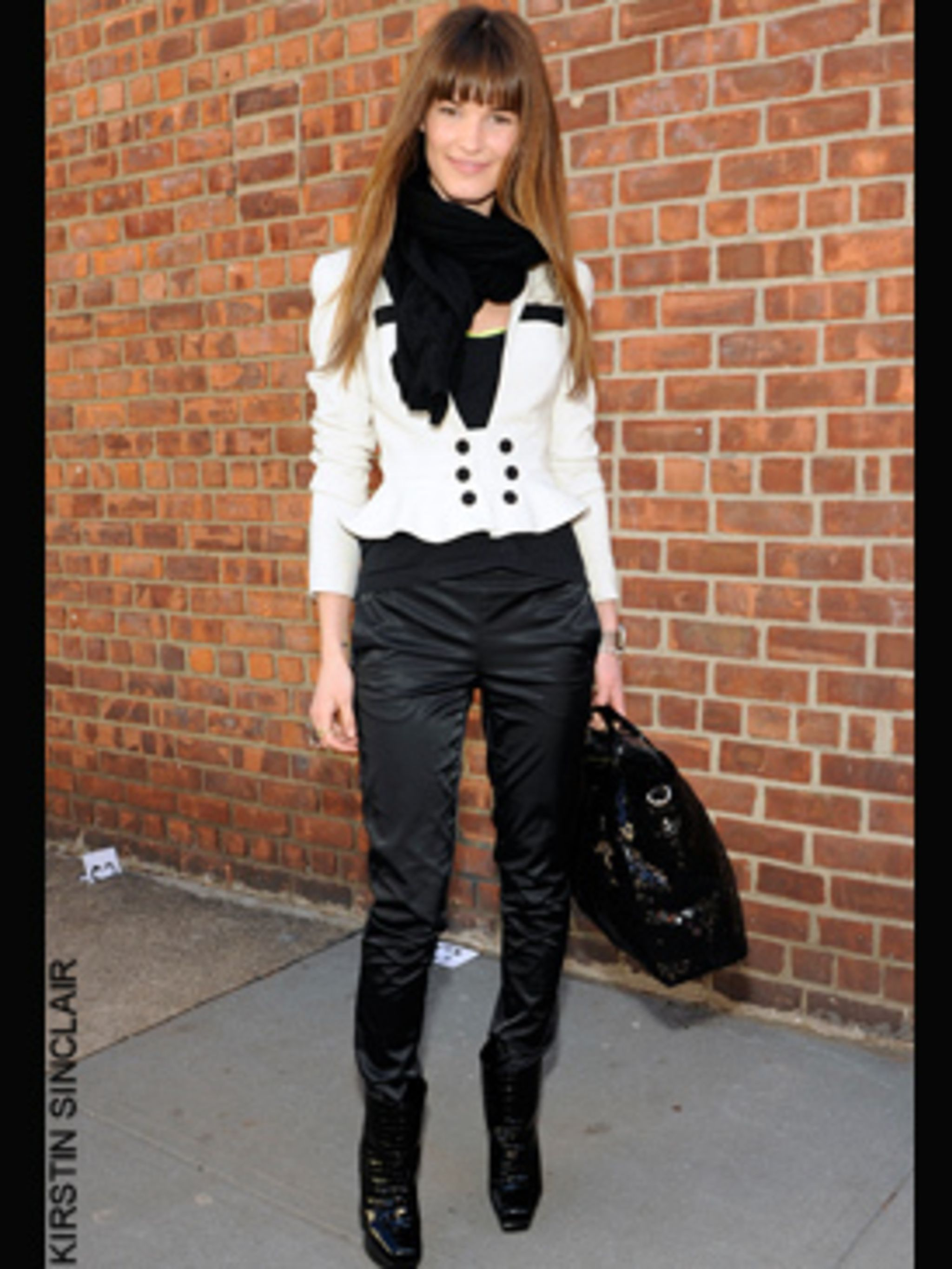 1234956112-New-York-Fashion-Week-aw-09