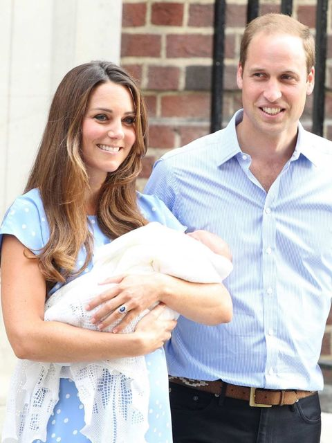 <p>The Duke and Duchess of Cambridge with their son the Prince of Cambridge leave hospital in London</p>