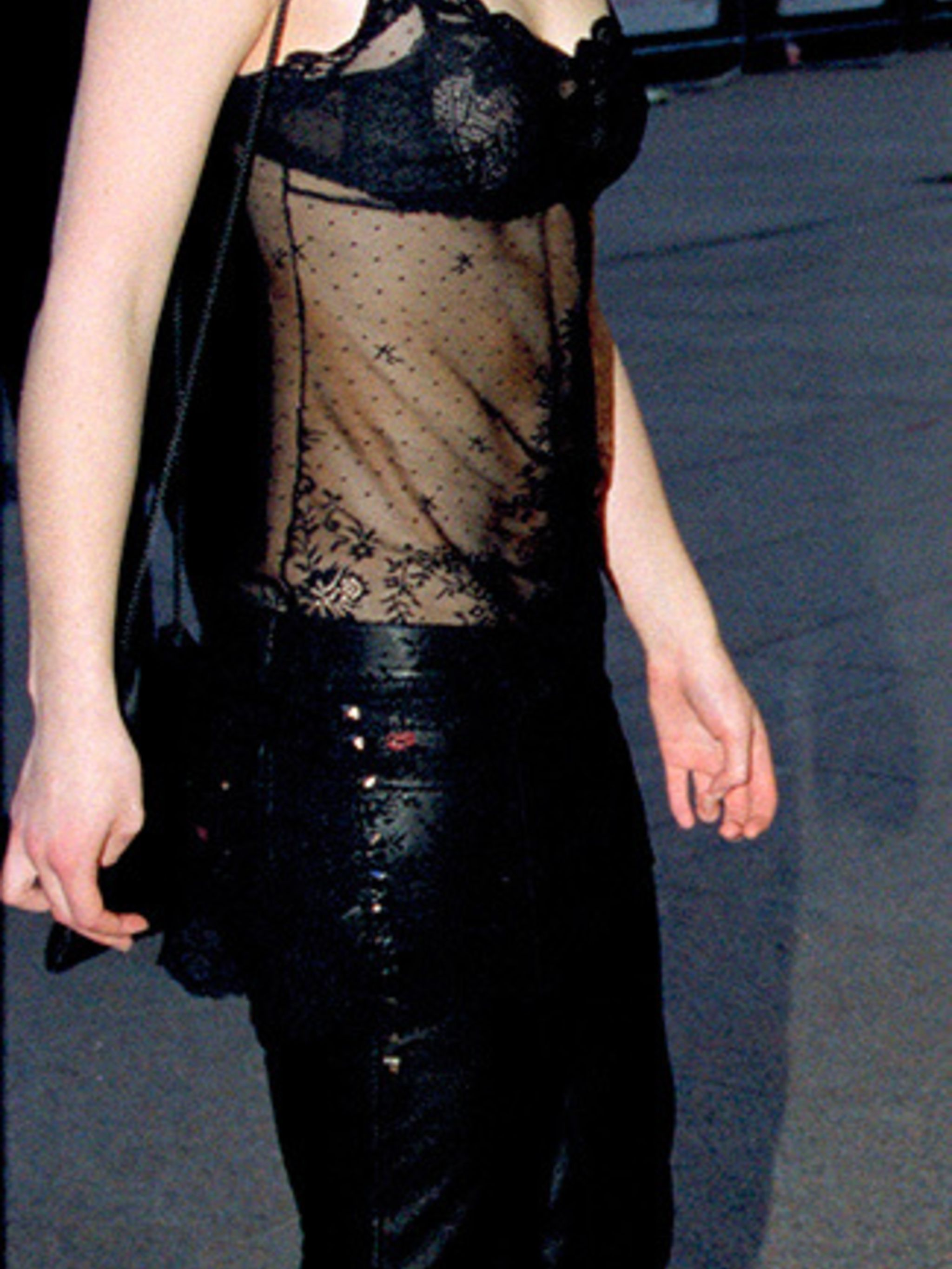 <p>At one of her first red carpet events, Keira Knightley channels the underwear as outerwear trend at the <em>Bridget Jones Diary</em> premiere in London, April 2001.</p>