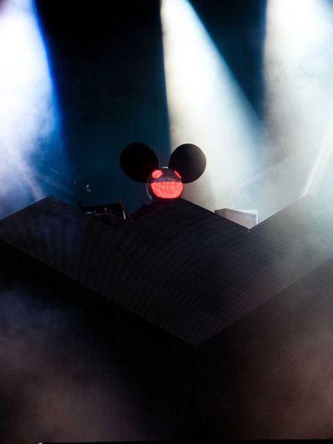 <p>Grammy-Award winning Dance DJ Deadmau5 headlined firday at the Wireless 2012 Festival in Hyde Park, London.</p>