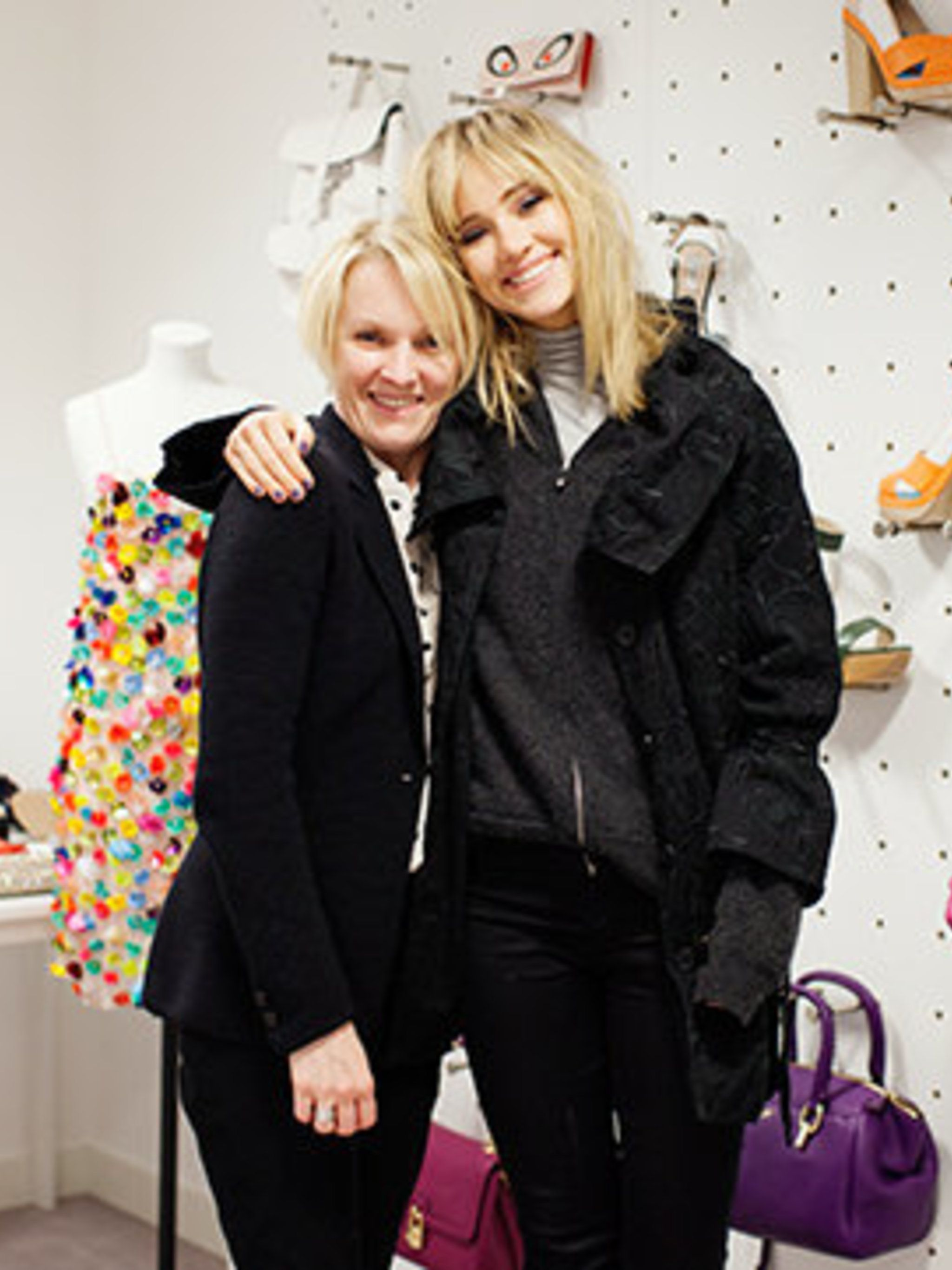 <p>Suki Waterhouse and Lorraine Candy in the ELLE fashion cupboard</p>
