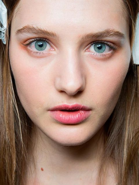 """<p><strong><a href=""""http://www.elleuk.com/catwalk/emilio-pucci/autumn-winter-2015"""">Emilio Pucci</a></strong></p>  <p>The look:Seventies cinnamon</p>  <p>Make-up artist: Lisa Butler for MAC</p>  <p>Key product: MAC Penny Arcade Cream Shadow from Trend For"""
