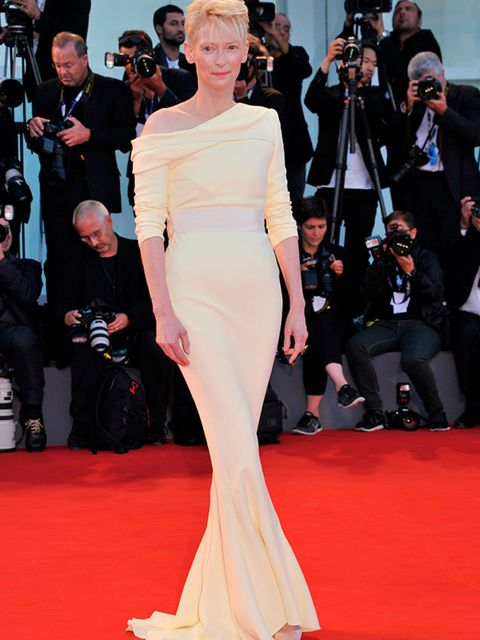<p>Tilda Swinton attends the 'A Bigger Splash' premiere at the 72nd Venice Film Festival, September 2015.</p>
