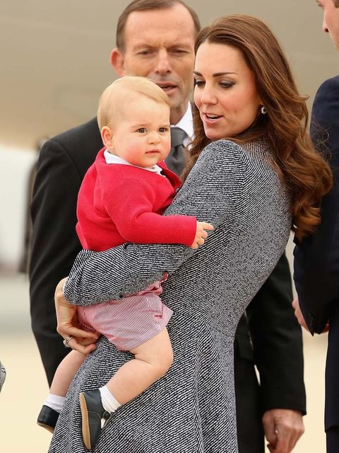 <p>Kate and George say goodbye as they depart Australia to fly home to the UK.</p>