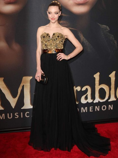 "<p>Amanda Seyfried wears <a href=""http://www.elleuk.com/catwalk/designer-a-z/alexander-mcqueen/spring-summer-2013"">Alexander McQueen Spring Summer 13</a> dress and McQueen clutch with Harry Winston jewellery to the Les Miserable premiere in New York.</p>"