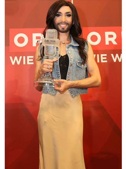 <p>After winning the Eurovision Song Contest, May 2014</p>