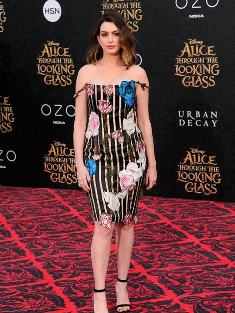Anne Hathaway wears Christopher Kane to the Alice: Through The Looking Glass premiere in Hollywood, May 2016.