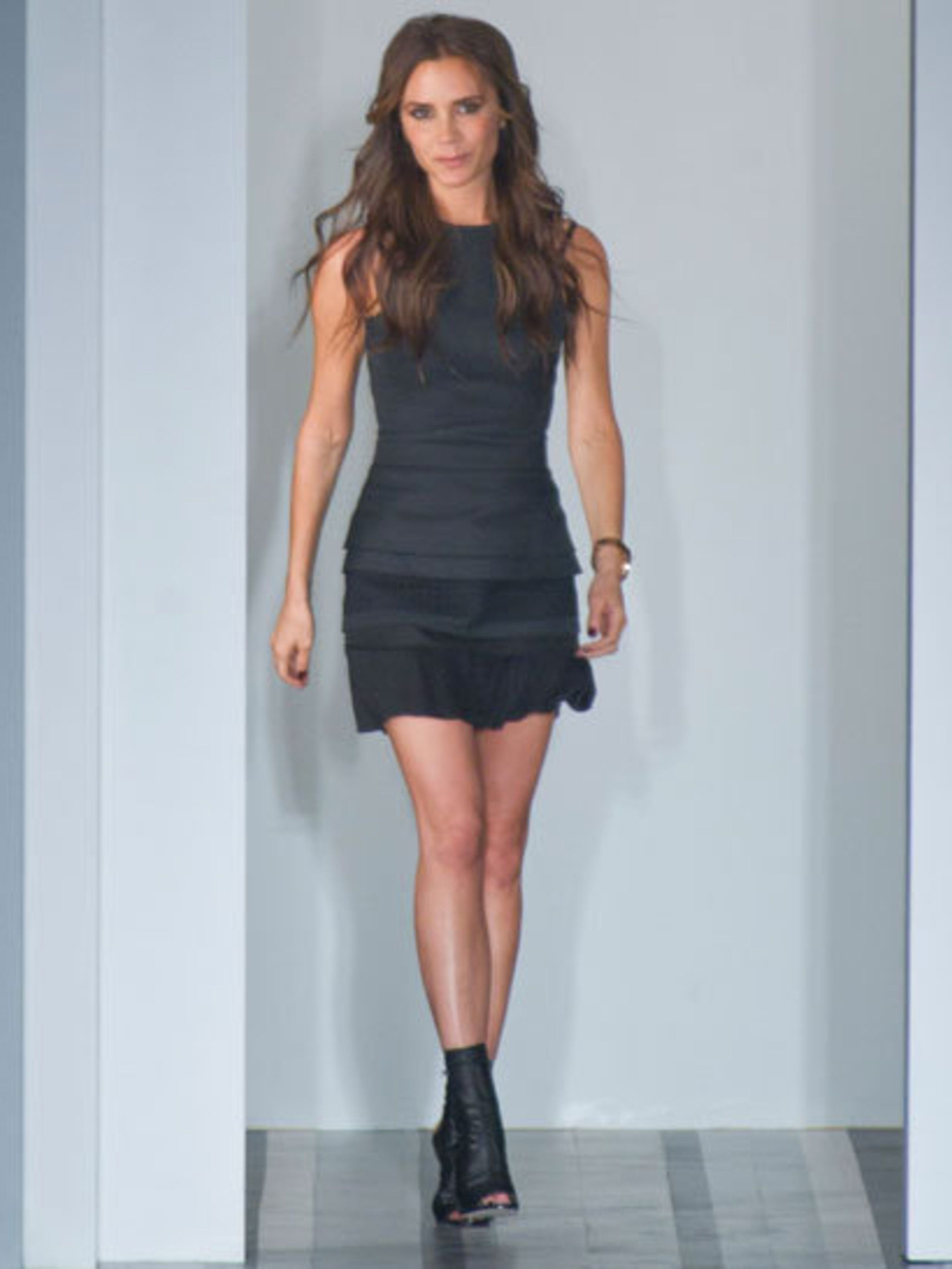 Famous Victoria Beckham Wedding Dress Collection Pictures - All ...