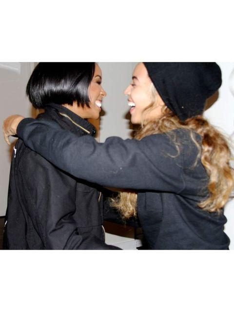 <p>Beyoncé:</p><p>'Happy Birthday Sis!'</p>