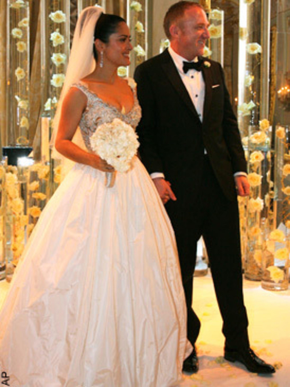 Salma Hayek S Balenciaga Wedding Dress