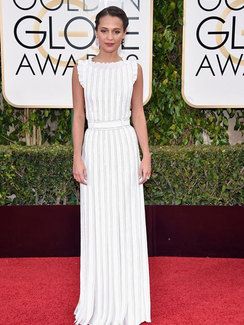 <p>Alicia Vikander in Louis Vuitton, attends the Golden awards in LA, January 2016.</p>