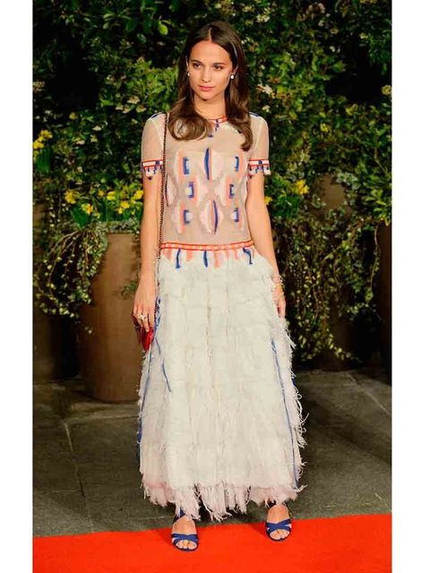 <p>Alicia Vikander wearing a Chanel dress and Jimmy Choo shoes. </p>