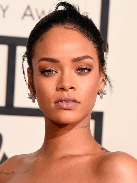 """<p><a href=""""http://www.elleuk.com/beauty/rihanna-mac-make-up-deal-2013"""">Rihanna</a></p>"""