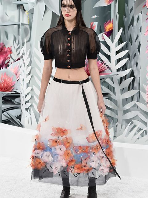 """<p><a href=""""http://www.elleuk.com/tags/kendall-jenner"""">Kendall Jenner</a> at Chanel Couture s/s 2015.</p>"""