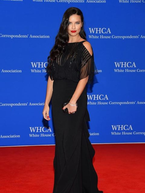 <p>Adriana Lima, in Bibhu Mohapatra, attends the 101st Annual White House Correspondents' Dinner in Washington, April 2015.</p>
