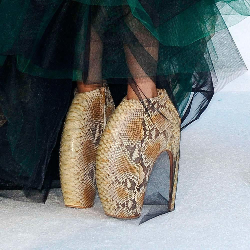 Christie's At Auctioned Be To Alexander Mcqueen Boots oCxBed