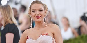Blake lively addresses the rumours about her second pregnancy