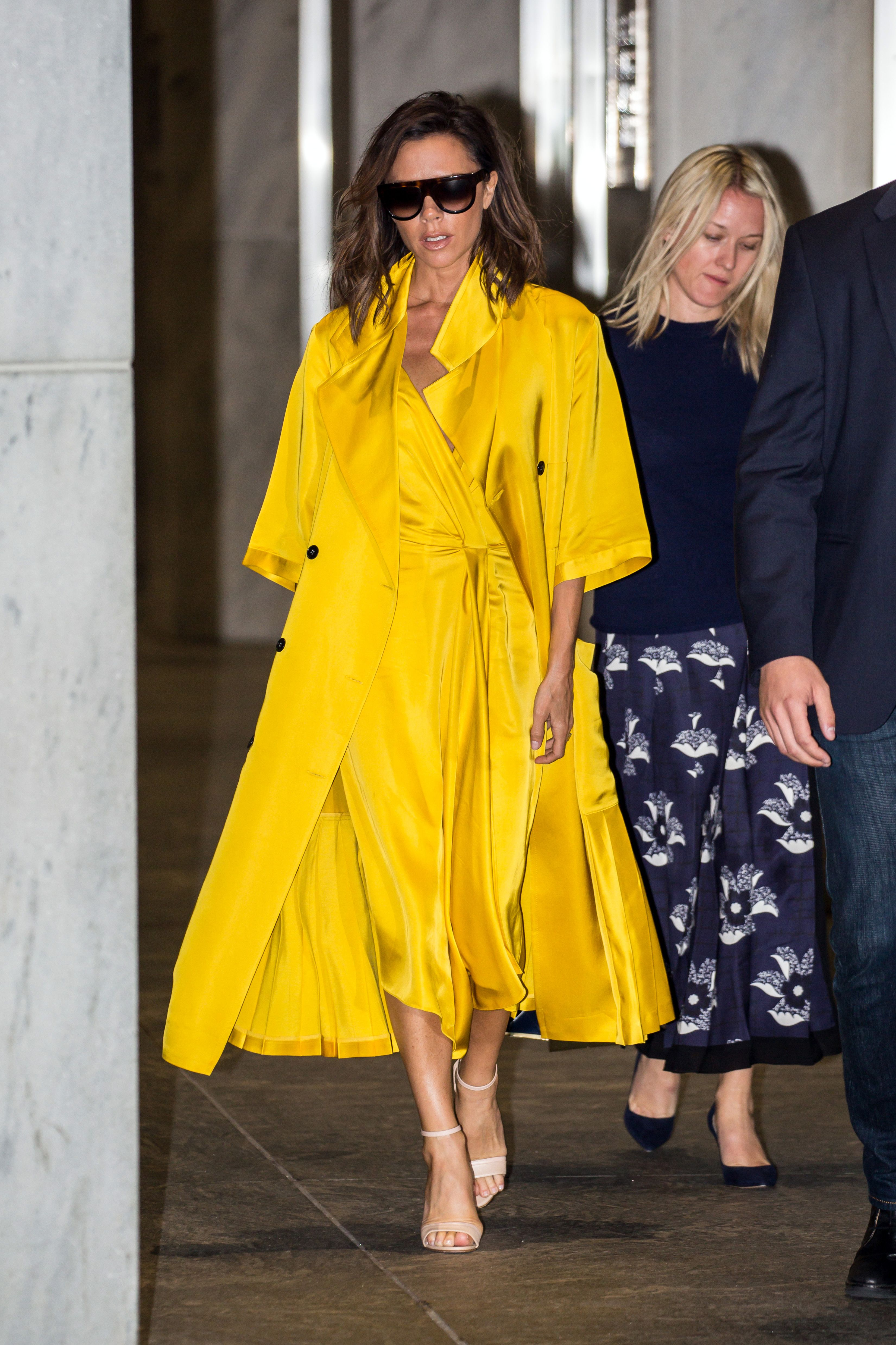 21c177cf2f Victoria Beckham s Best Red Carpet And Fashion Moments Of All Time