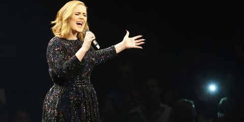 Adele performs at the Barclaycard Arena | ELLE UK