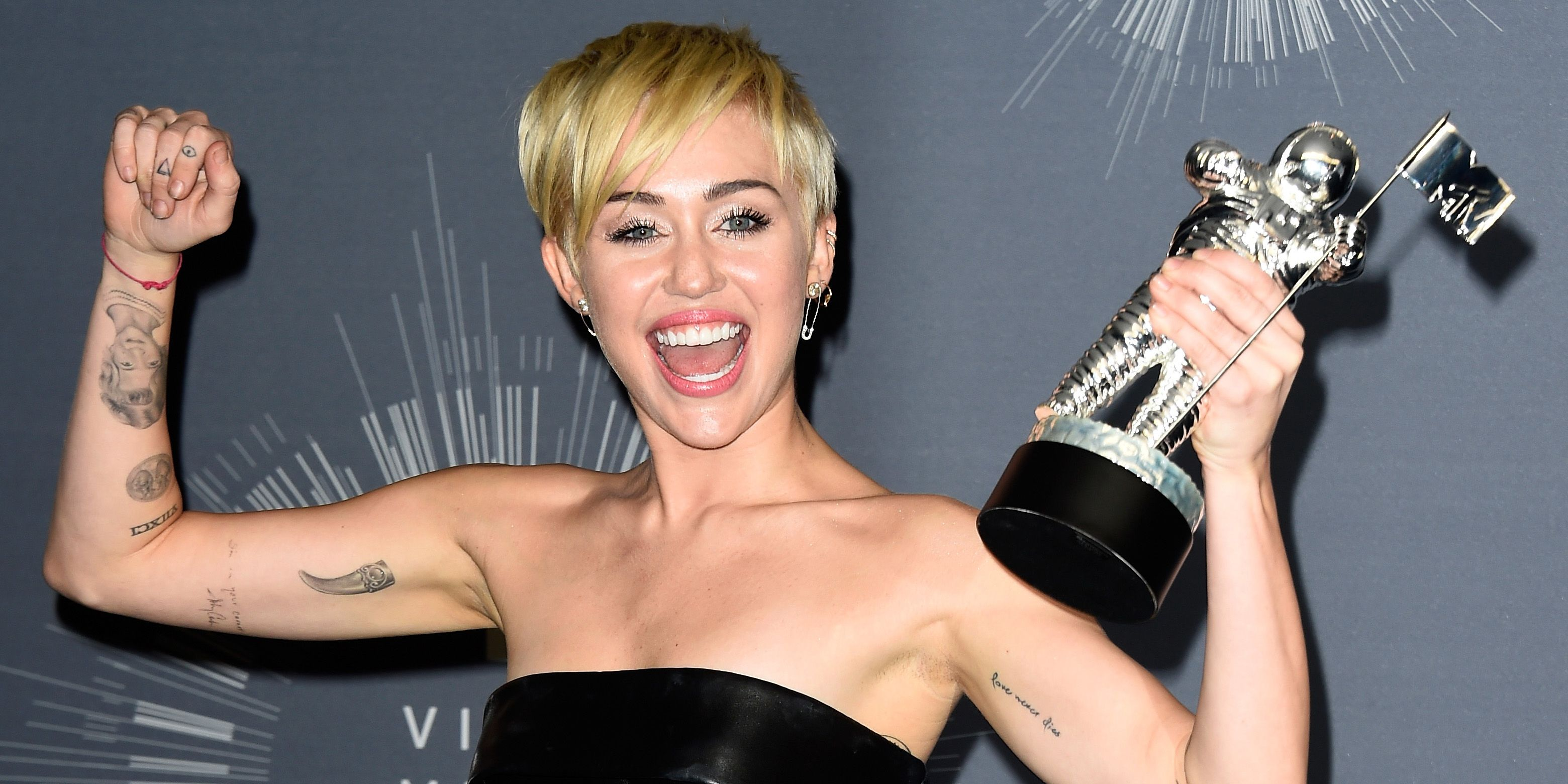 Miley Cyrus Debuts Tattoo Of Liam S Favourite Snack