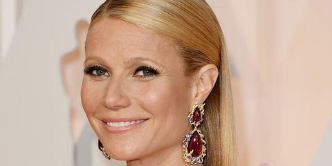 Gwyneth Paltrow at awards ceremony | ELLE UK