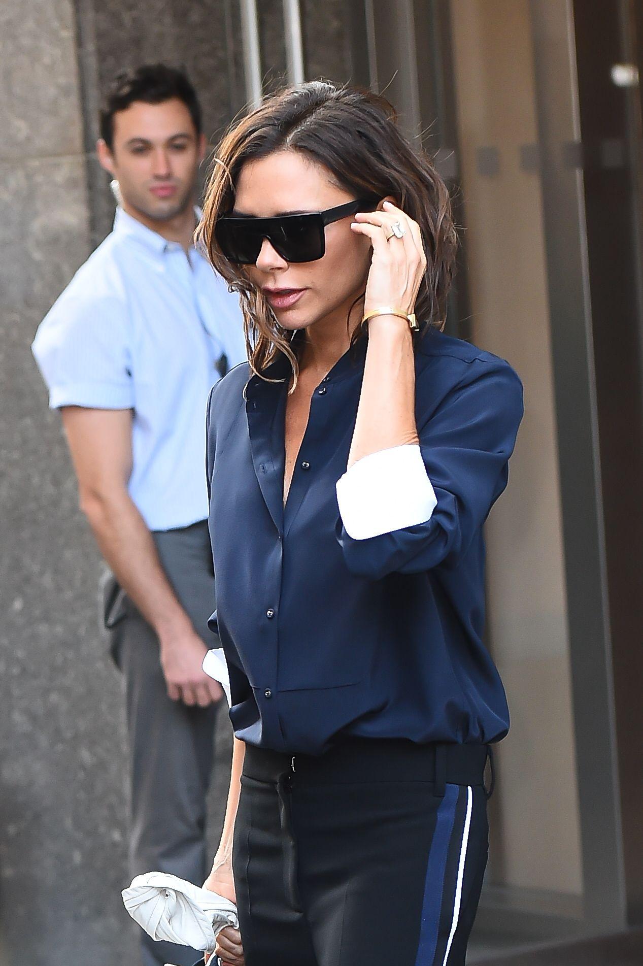 df6355ea7e2 https   www.elle.com uk fashion celebrity-style articles a6977 julia-r-r ...