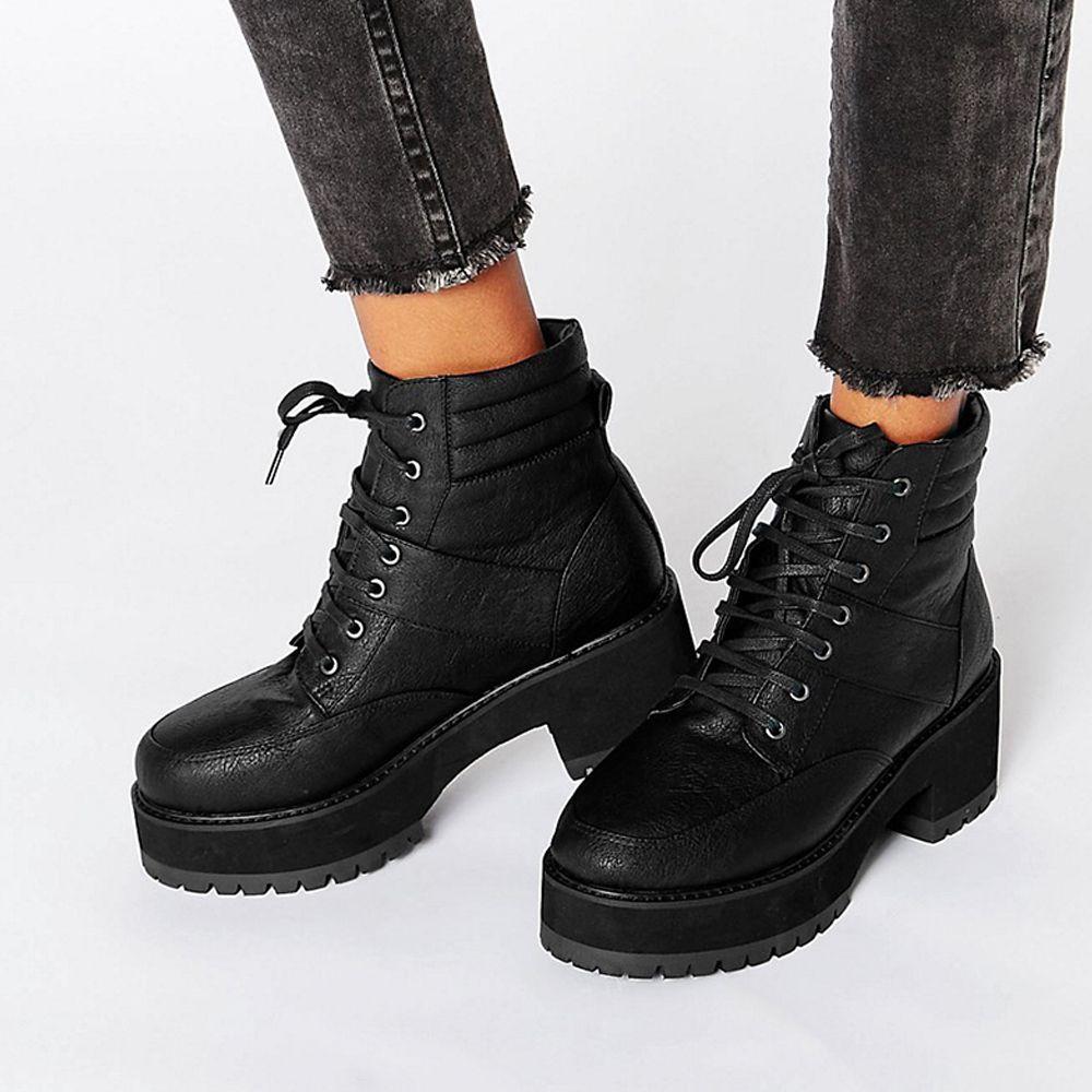 """<p>Hiker boots get a chunky heel. £35, <a href=""""https://www.dropbox.com/s/clbiq9pbys4caie/Screenshot%202016-09-14%2013.28.46.png?dl=0"""" target=""""_blank"""">ASOS</a></p>"""