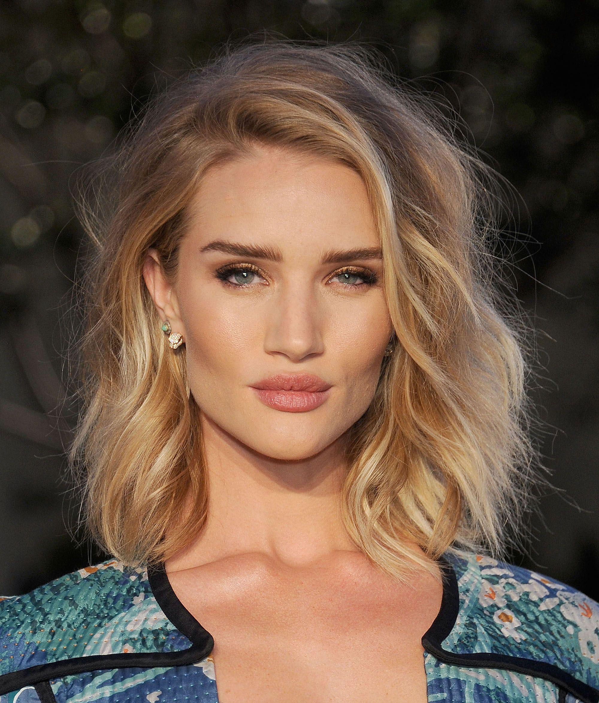 Shoulder Length Hair Medium Length Lob Hairstyle Inspiration