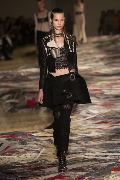Paris Fashion Week: Alexander McQueen SS17   ELLE UK