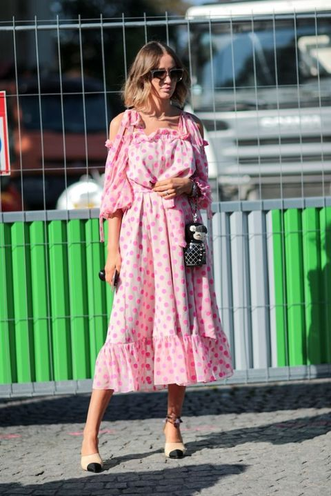Celebrities in head-to-toe pink outfits | LouisvuittonShop UK