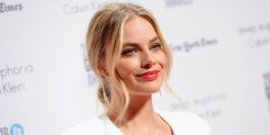 Margot Robbie on red carpet | ELLE UK
