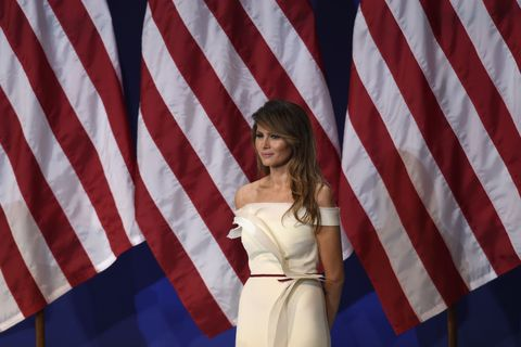 Flag of the united states, Red, Textile, Dress, White, Style, Flag, Formal wear, Waist, Beauty,