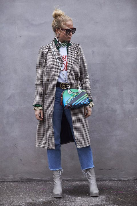 Clothing, Glasses, Coat, Textile, Standing, Outerwear, Sunglasses, Style, Street fashion, Collar,